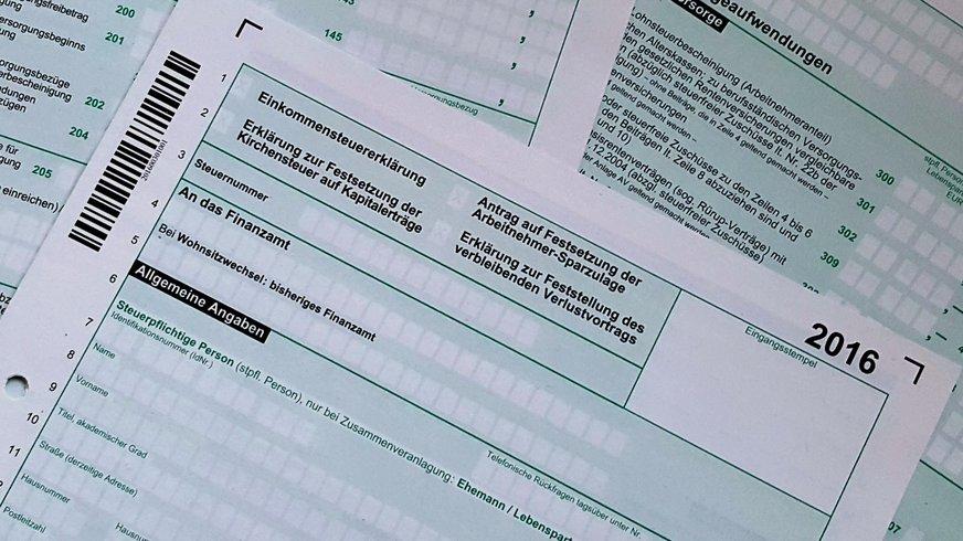 Abbildung von Lohnstuerformularen aus dem Jahr 2016