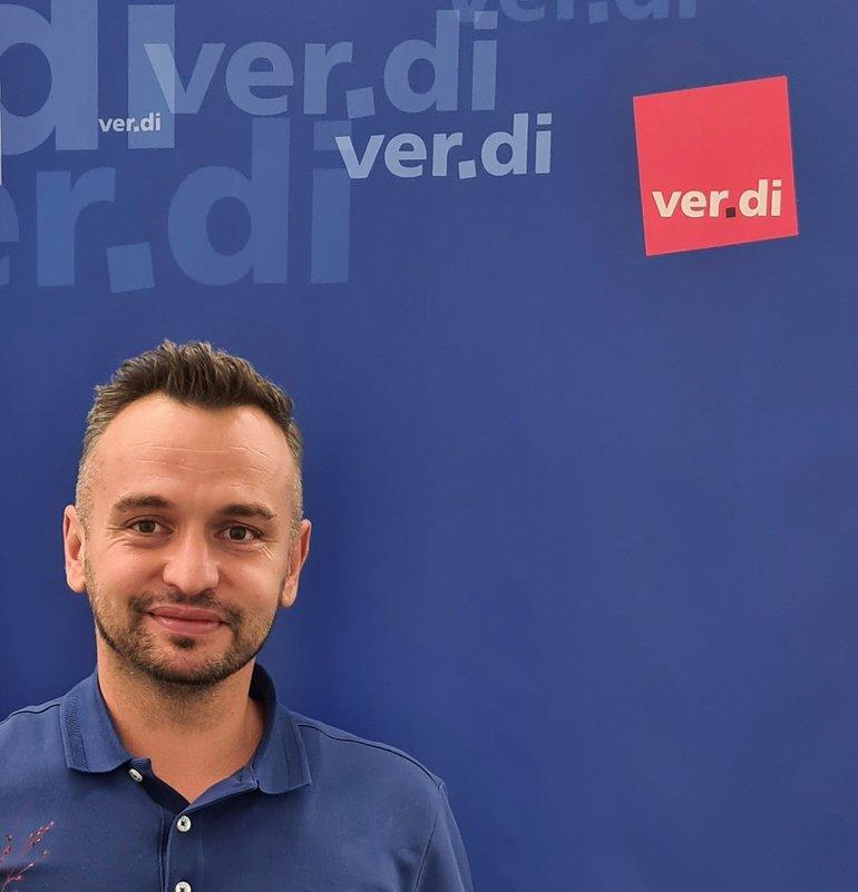Trainee Viktor Efa